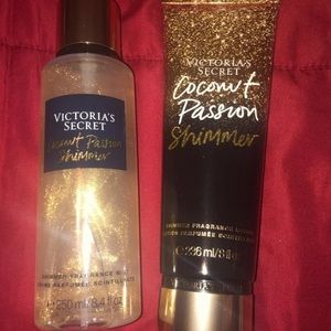 Vs coconut passion shimmer lotion/mist set